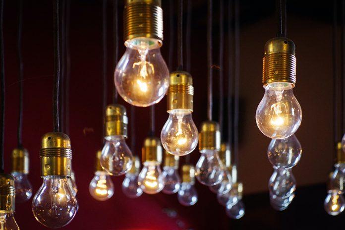 aumenti bollette luce e gas giugno 2020