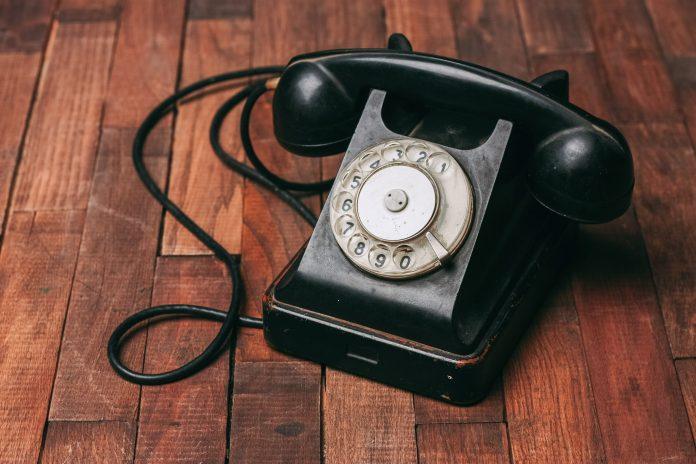 Disdire il telefono fisso